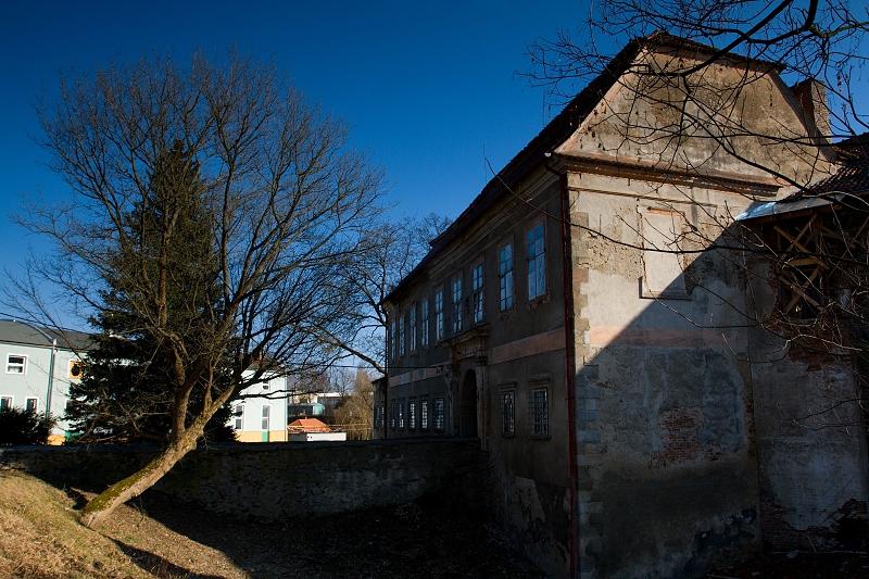 VÝCHODNÍ TRAKT - Hanka Kučerová